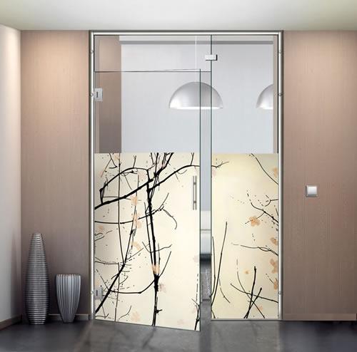 Puertas de paso de cristal abatibles bisagra aluminios - Puertas abatibles cristal ...
