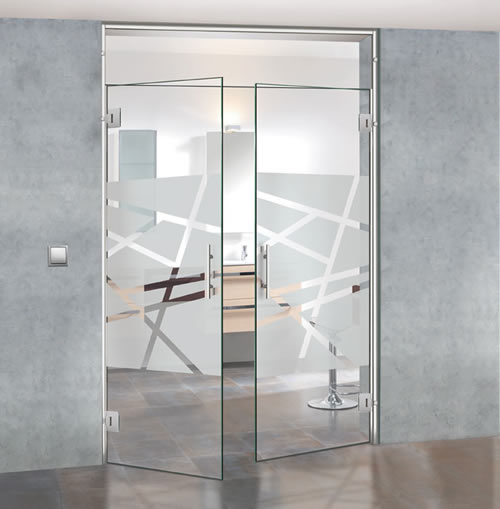 Puertas de paso de cristal abatibles bisagra aluminios - Puerta de cristal abatible ...